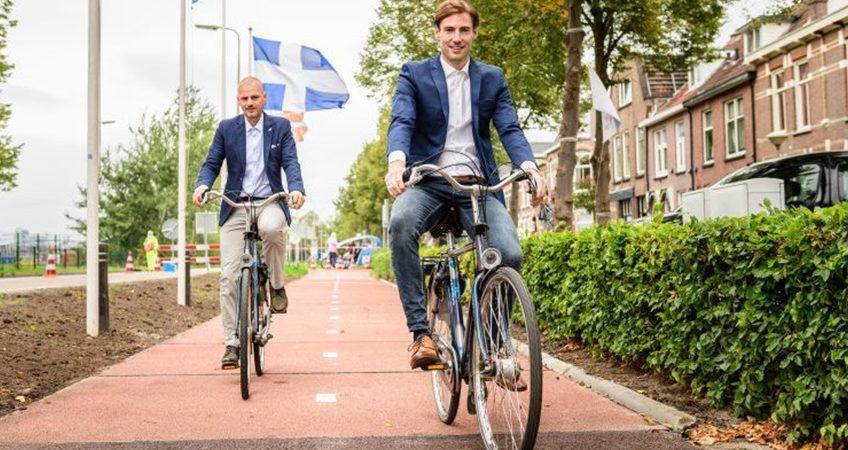 Prima-pista-de-biciclete-din-Olanda